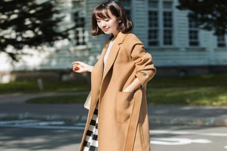驼色大衣搭配什么裤子好看,这五种搭配显时尚性感迷人