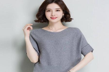 女生秋季针织衫怎么搭配,这三款秋季穿衣搭配气质升级