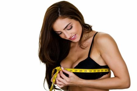 女性丰胸吃什么食物好?多补充这三种营养素刺激乳房发育
