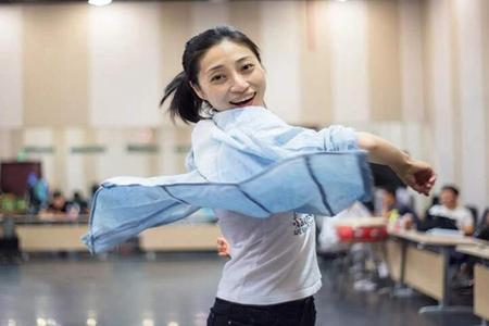 话剧演员李楠去世,李楠因卵巢癌病逝前期疏于检查