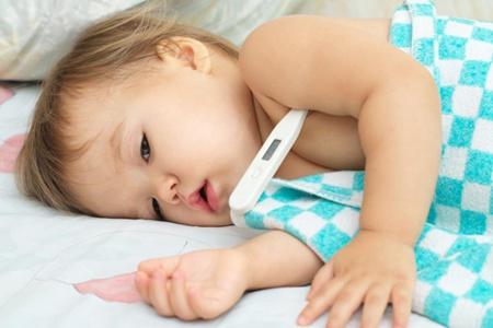 39度多烧一晚上有事吗?孩子发烧39℃别着急去医院