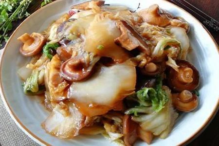 蘑菇怎么炒好吃,这三种香菇的做法鲜香味美超下饭