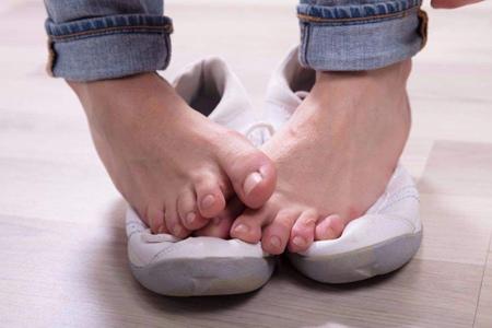 治脚臭最有效的方法,这3个除脚臭味的妙招驱走脚臭症状