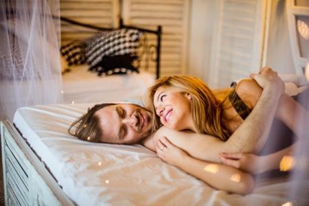 1001问夫妻性生活,这五个激情的性生活技巧了解