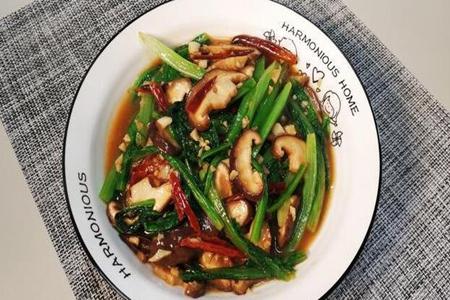 油麦菜怎么做好吃,香菇油麦的做法简单美味