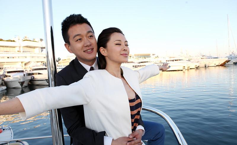 佟大为娶了自己的老师,这个9年为他生3子的女人来历不简单