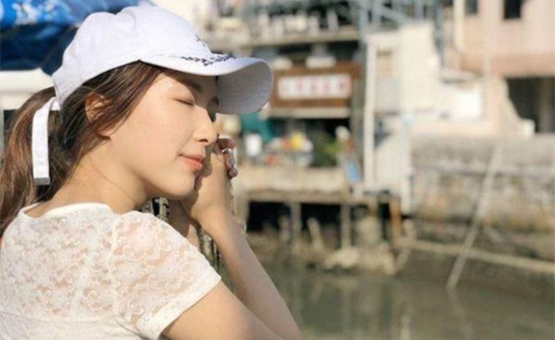 李泽楷女友郭嘉文现身豪华酒店,梁洛施做不到事她要做到了?