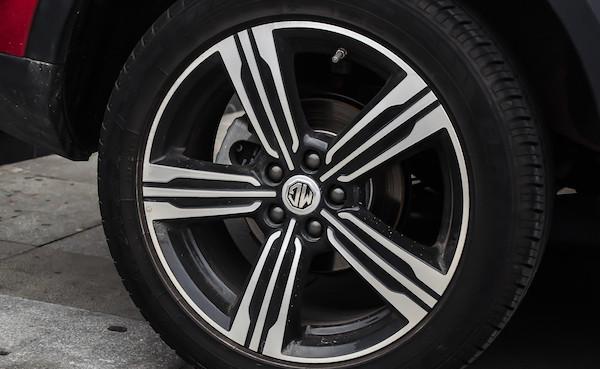 防滑链对轮胎有影响吗 雪天行驶有没有用