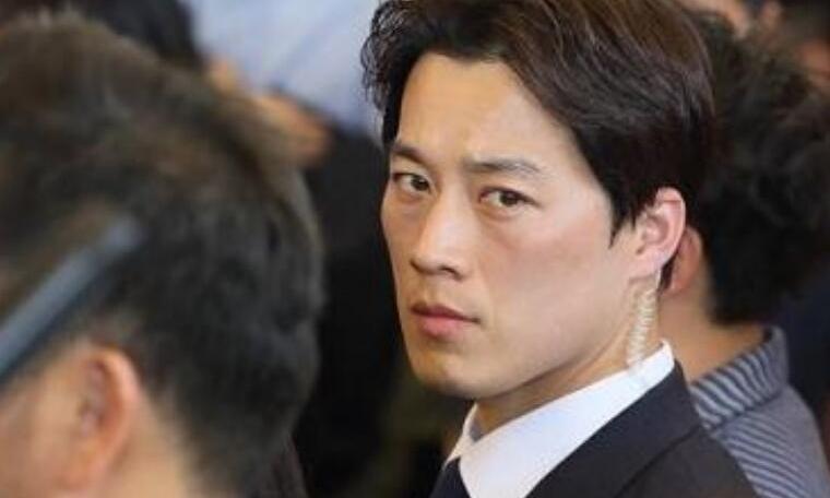 韩国总统保镖爆红 私照曝光他竟长得如此帅气