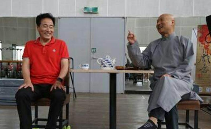 德艺双馨的老演员杨立新供徐帆读书,一读就是三年,不求任何回报