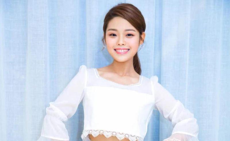 饰演莫小贝的王莎莎新剧开播,28岁的年纪走偶像剧路线