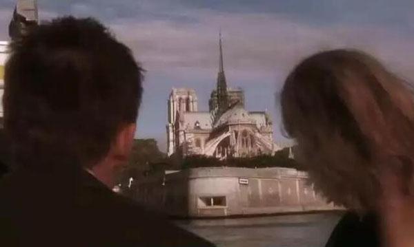 你相信巴黎圣母院有一天会消失吗是什么电影 爱在日落黄昏时