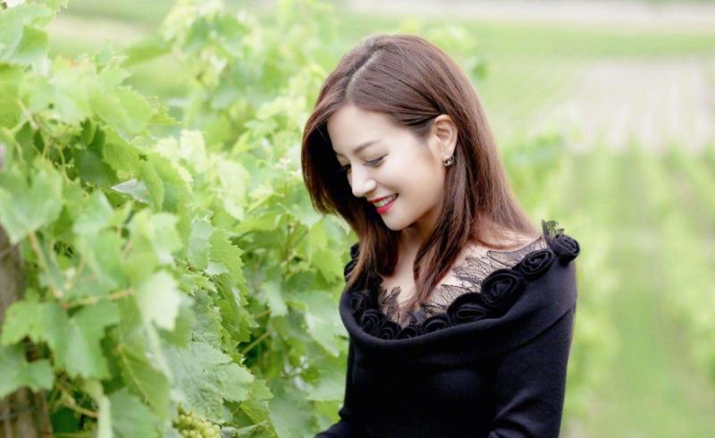 赵薇自曝为了拒演《还珠格格3》,向琼瑶承诺四年内不拍电视剧