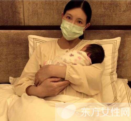 40岁国标女王刘真生下猴宝宝 女儿侧脸照曝光