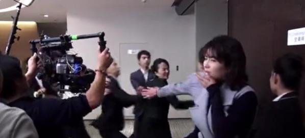 刘涛欢乐颂2掌掴戏竟是真打 被重重一巴掌扇到嘴