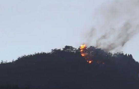 韩萨德部署地附近突发大火 原因不详(图)