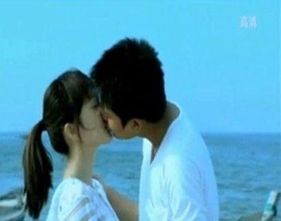 李小璐和贾乃亮合演的电视剧 李小璐贾乃亮吻照