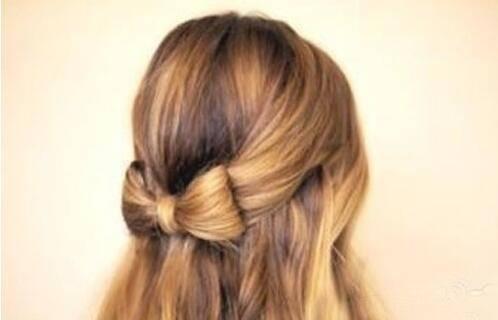 蝴蝶结发型扎法步骤介绍 6个步骤轻松搞定