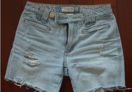 牛仔长裤改短裤的技巧 这种技巧你一定会喜欢的