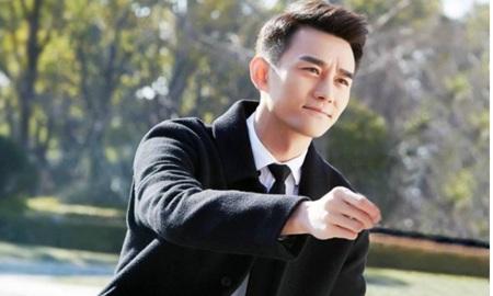 """王凯回应同性恋不雅视频""""静候法槌落下"""",网友称忍了太久"""