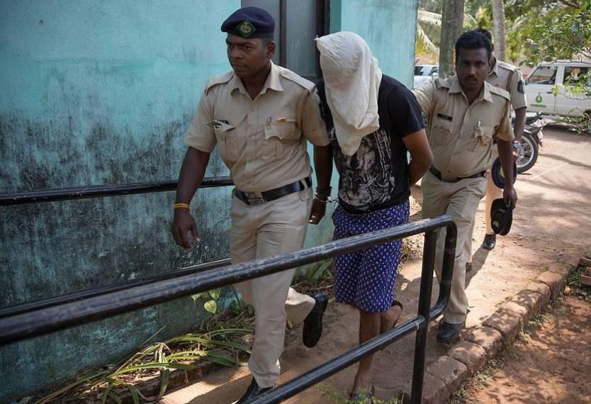 女作家印度被害 网友:这个曾经充满信仰的国家