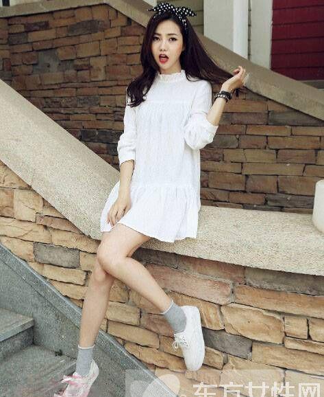 2016秋季时尚连衣裙搭配 旅游街拍美得不像话