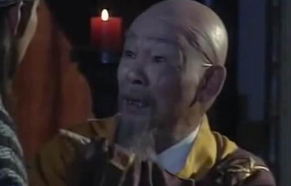 天龙八部乔峰的师傅是谁杀的 一代大侠为何频频背黑锅