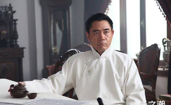 陈宝国和妻子结婚多少年了 相恋八年结婚36载