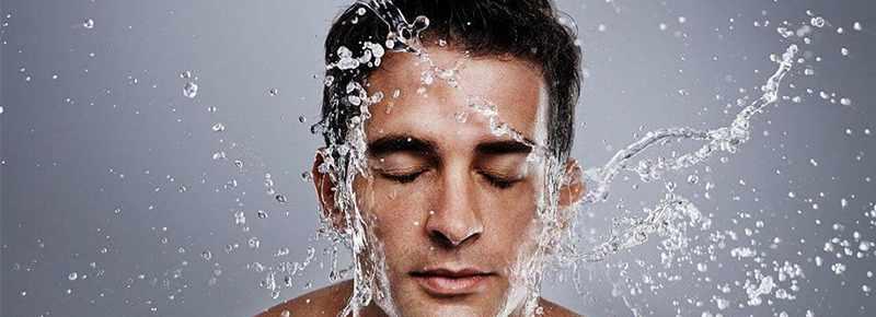 男生皮肤粗糙毛孔大怎么改善