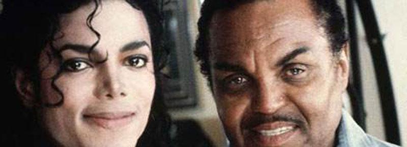 迈克杰克逊怎么变白的