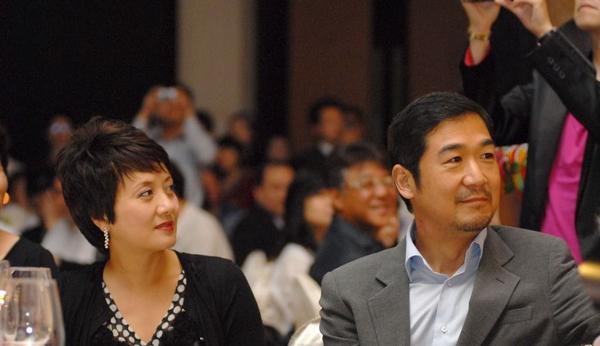 张国立邓婕有几个孩子 揭秘邓婕为何不生孩子