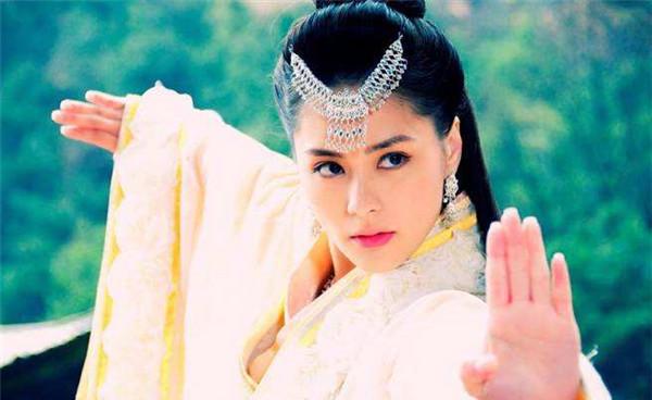 神话传说中嫦娥和吴刚是什么关系 嫦娥和后羿真的是夫妻吗