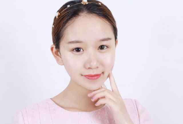 """美容技巧 美容师不想公开的3个""""美白技巧"""",变白其实没那么难!"""