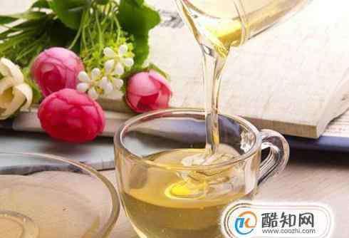 喝蜂蜜水有什么好处 喝蜂蜜水有什么好处和坏处