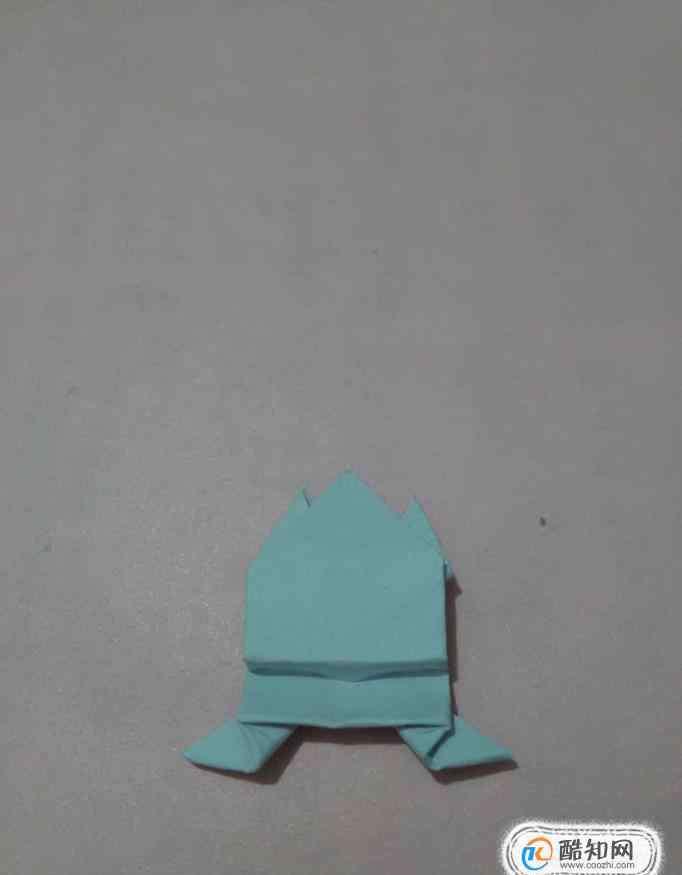 折纸青蛙按一下会跳远 怎么折纸青蛙会跳的立体折纸青蛙