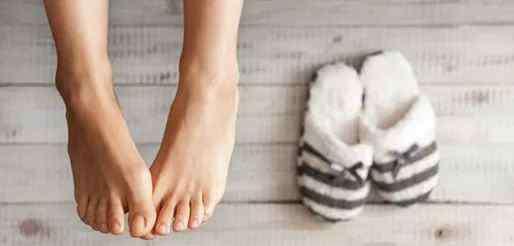 灰指甲初期治疗方法 不要忽视灰指甲的早期症状!及时治疗效果好