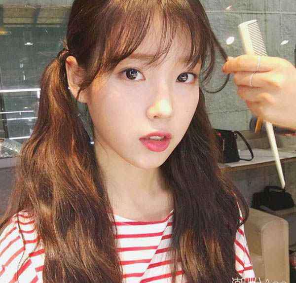 韩国发型扎法 韩式头发怎么扎好看 IU允儿甜美扎发示范