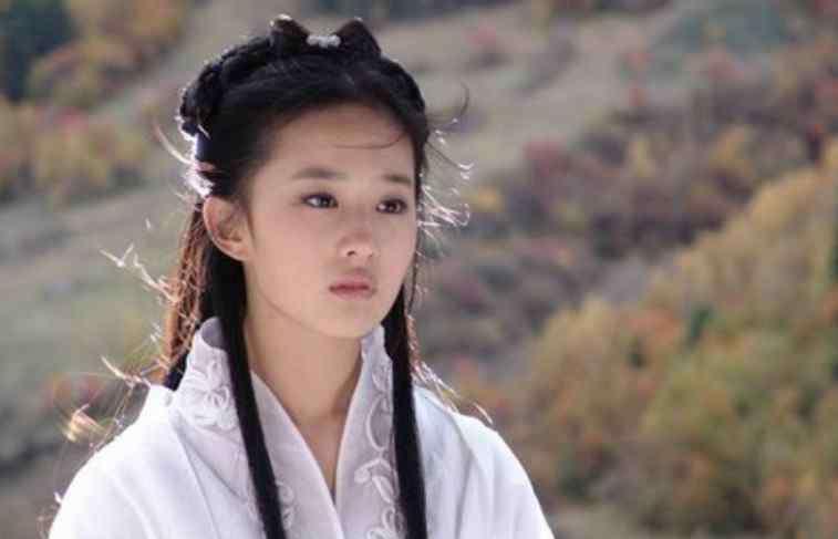 liuyifei 刘亦菲十二年前长这样?大秀基本功,完美身材一览无遗