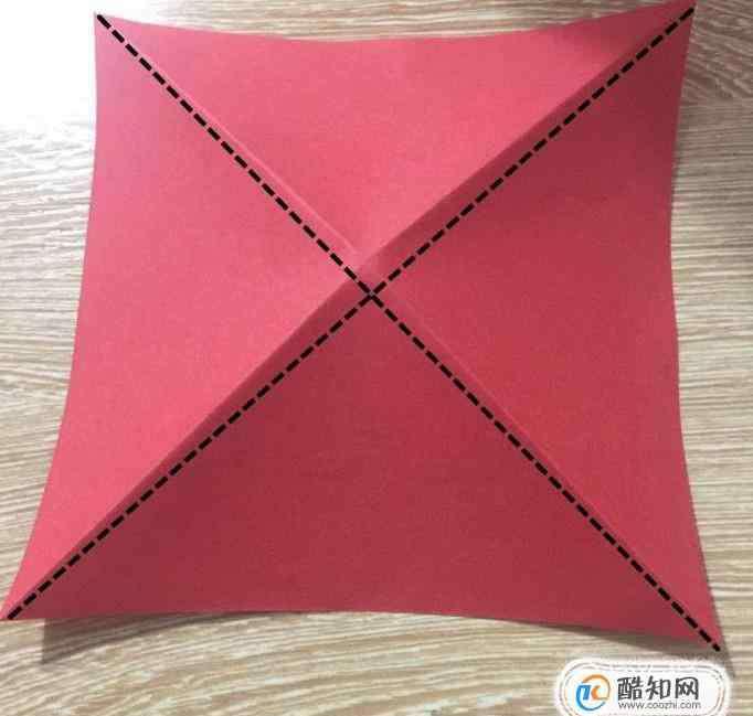川崎玫瑰折法 如何用纸张折出川崎玫瑰
