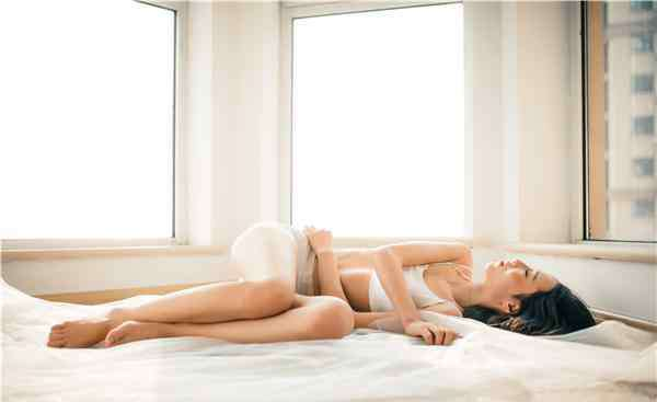 性心理 女人在床上做那事儿时的真实心理 男人看完后傻眼了
