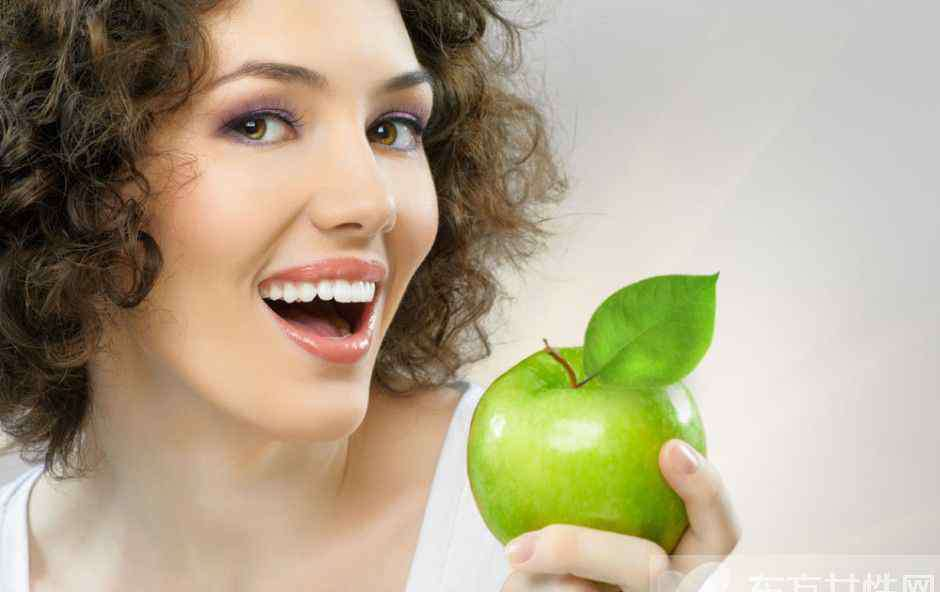 最佳美白牙齿偏方 最伤牙齿的行为居然每天都在做