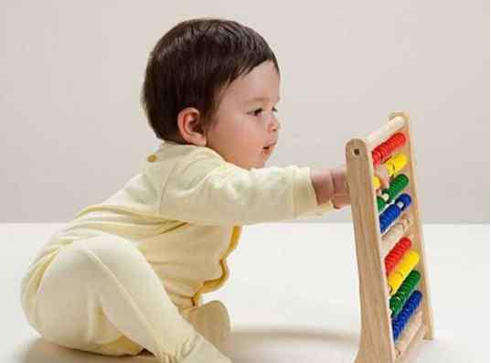 6个月宝宝早教 适合六个月宝宝的早教方法推荐给大家