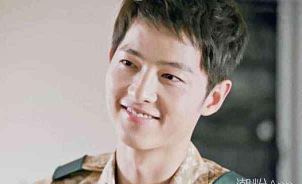 韩国男明星人气排行榜 韩国最近最火的男演员排行榜 第一居然是他