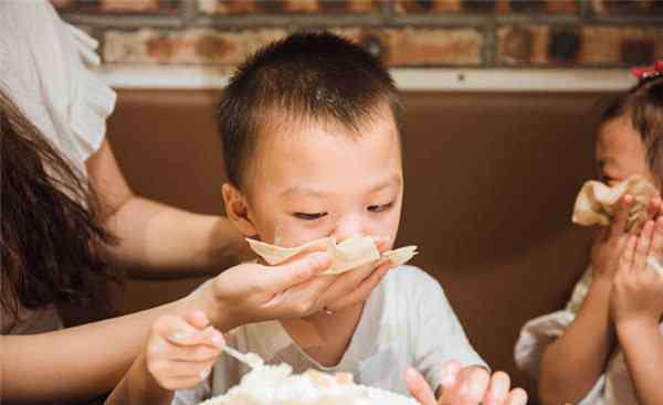 森田童子 小孩不能吃的10种食物 这些食物千万不要碰