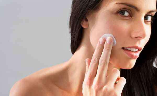 保养皮肤的正确步骤是怎样的