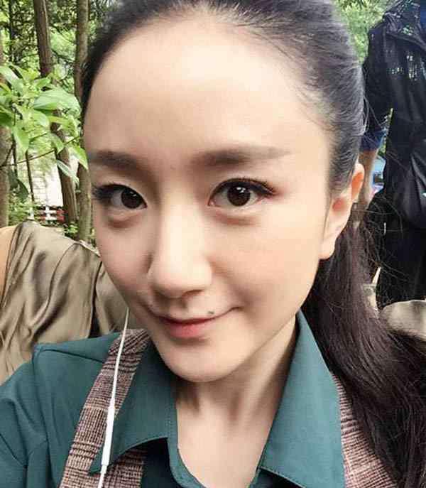 脸上有痣的男演员 李倩为什么不把痣点掉 盘点娱乐圈中脸上有痣的女明星