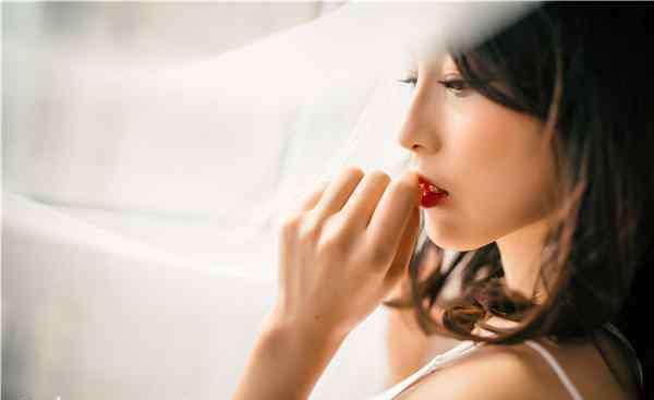 少女如何丰胸 少女青春期丰胸小妙招 最适合青春期丰胸的绝妙技巧