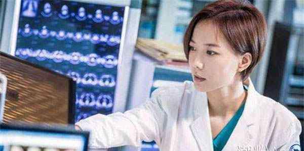 急诊科医生剧情介绍 急诊科医生剧情简介 痛经还是宫外孕