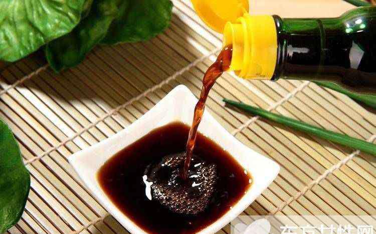 陈醋加蜂蜜 陈醋的功效与作用 陈醋加蜂蜜功效与作用