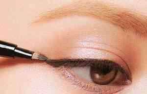 大眼妆教程 抖音上的画皮术(大眼妆教程)